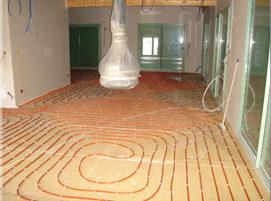 Installation d'un plancher chauffant en maison individuelle